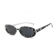 Изящные солнцезащитные очки B&W женские
