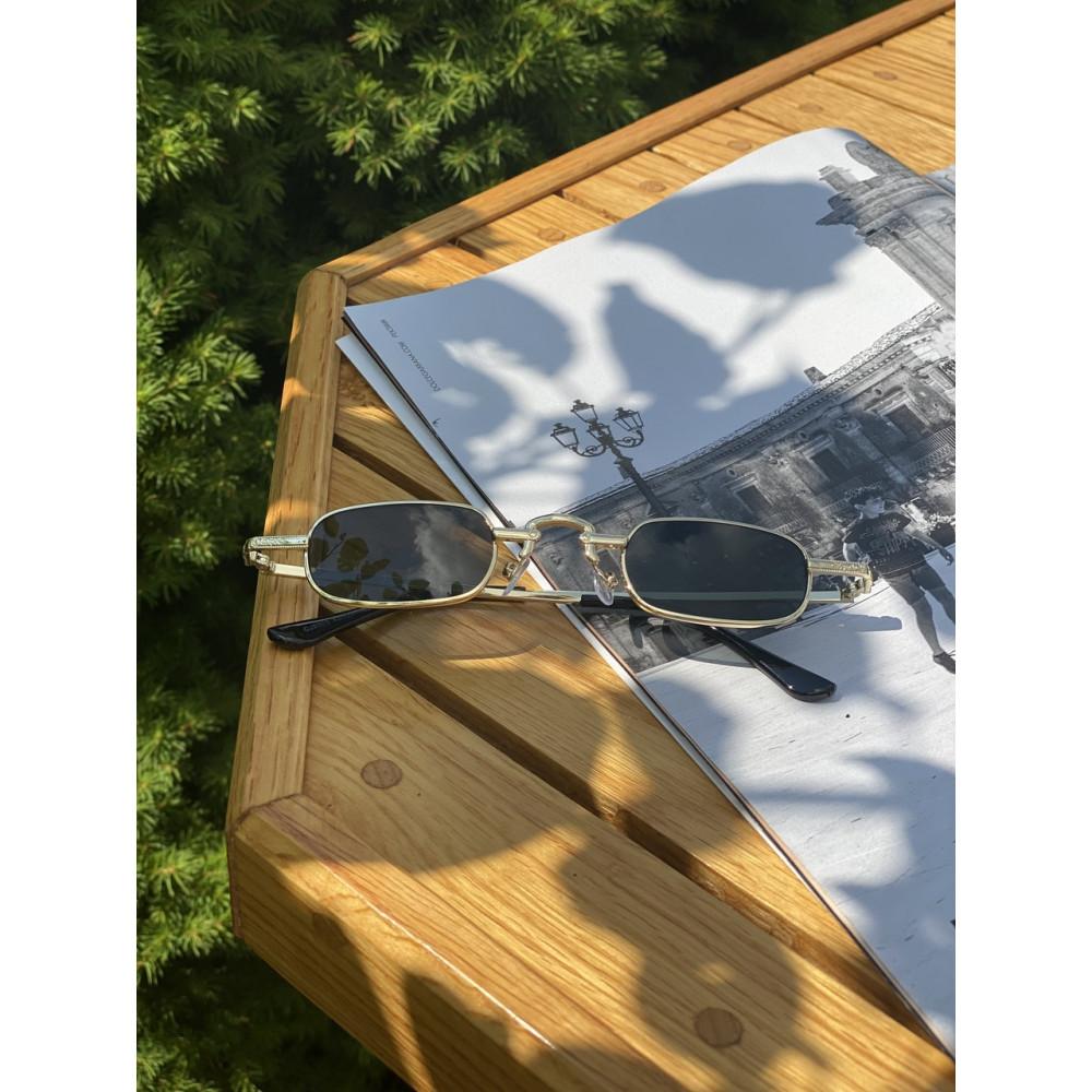 Крутые солнцезащитные очки Gold R3